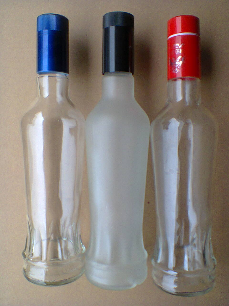 vỏ chai thủy tinh Putinka